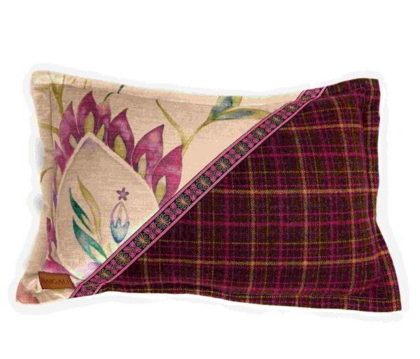 Cheviot Cushion CH004