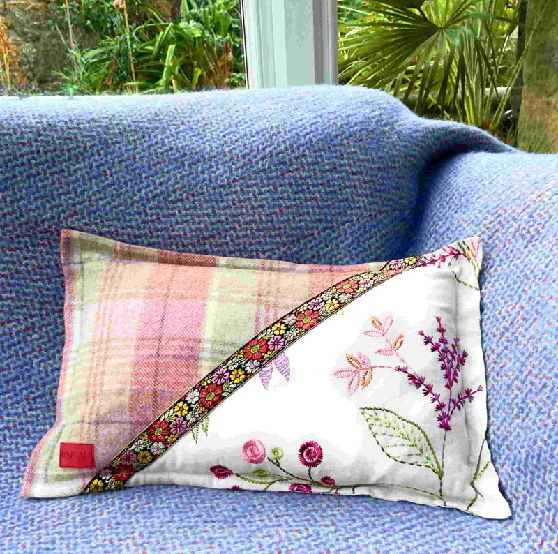 Cheviot Cushion CH024