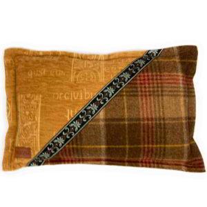 Cheviot Cushion CH029