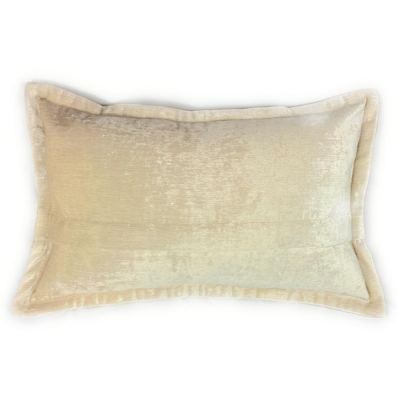 Cuillin Cushion CU065
