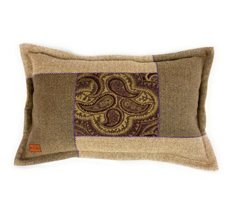 Cuillin Cushion CU067