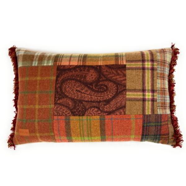 Cuillin Cushion CU074