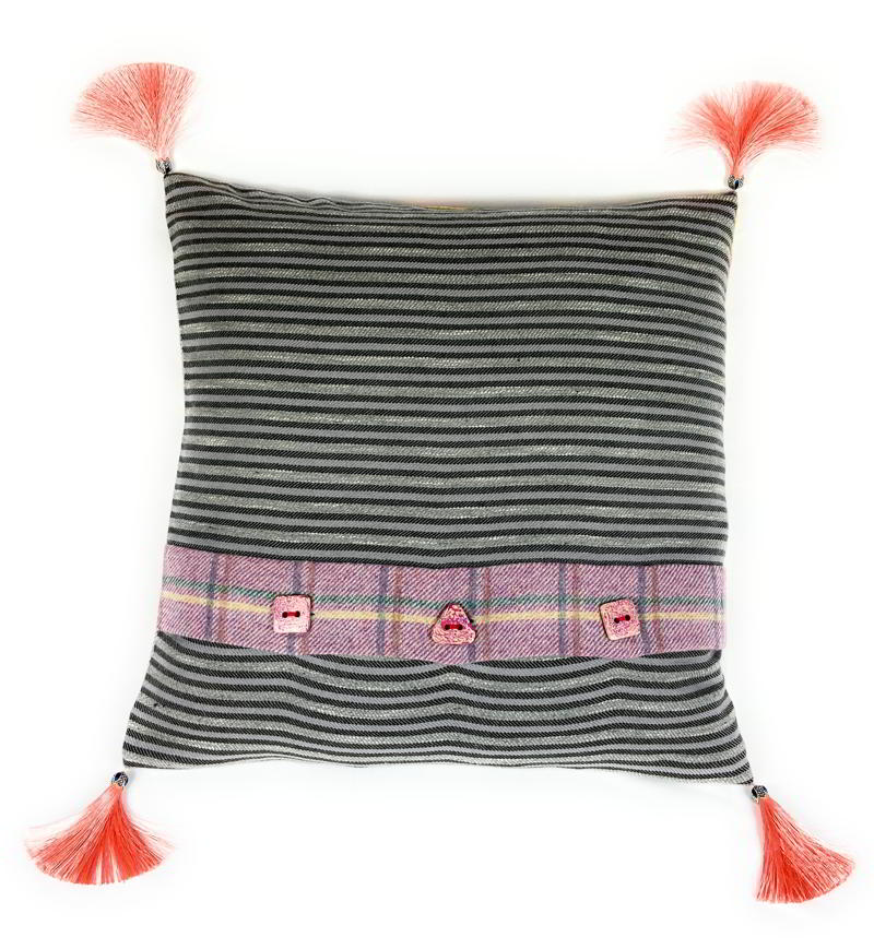 Ochil Cushion OC048