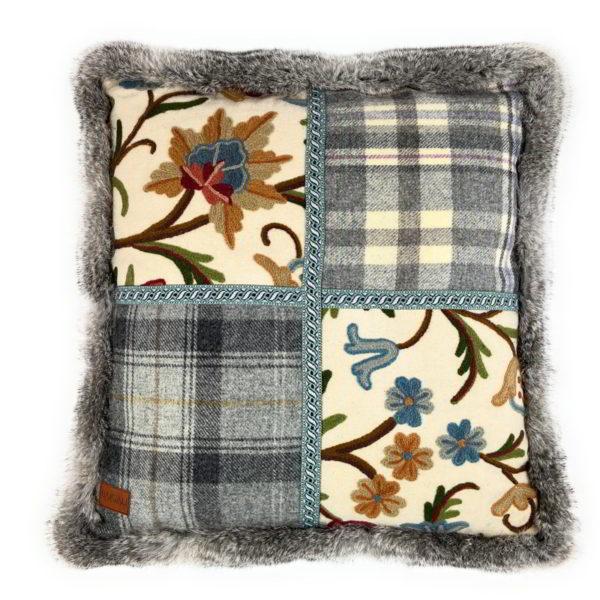 Cuillin cushion PE037