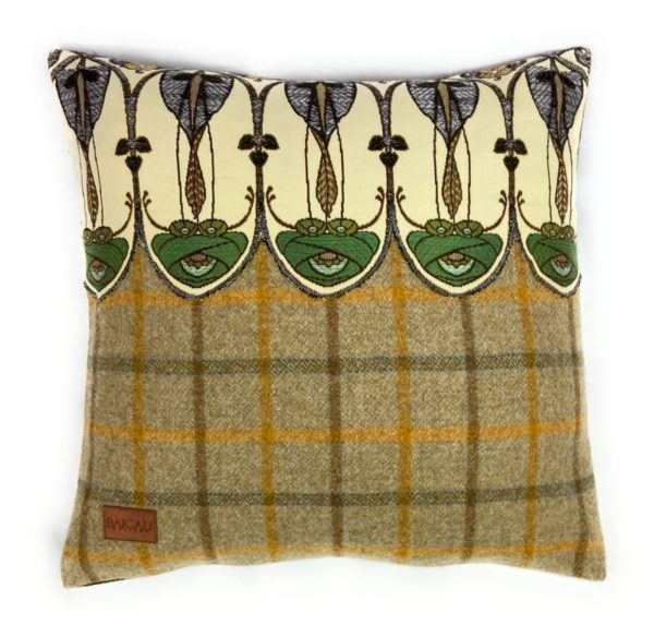 Belle Époque Cushion TR102
