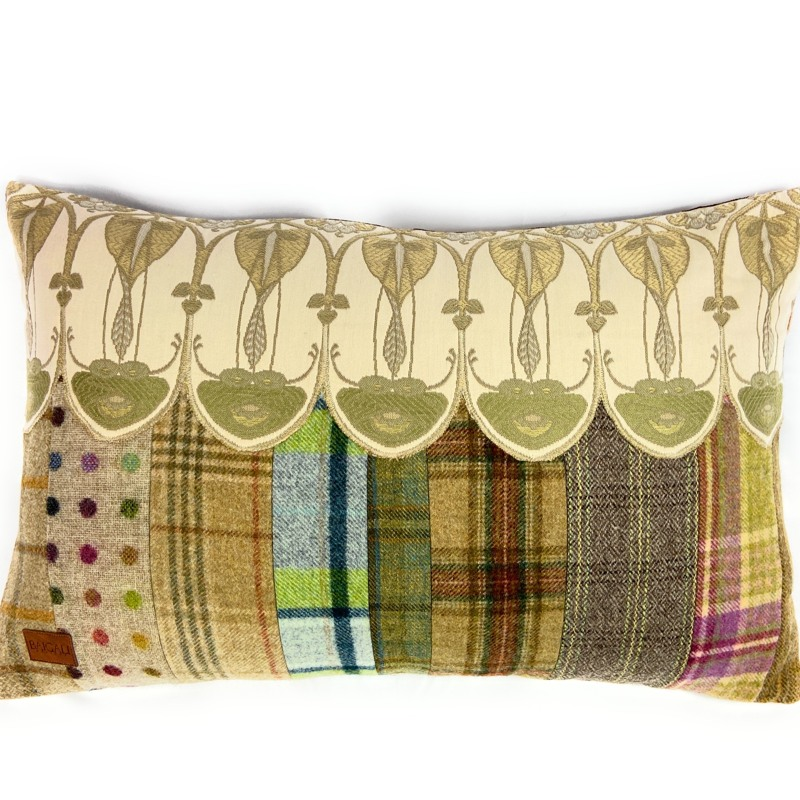 Belle Epoque Cushion TR119