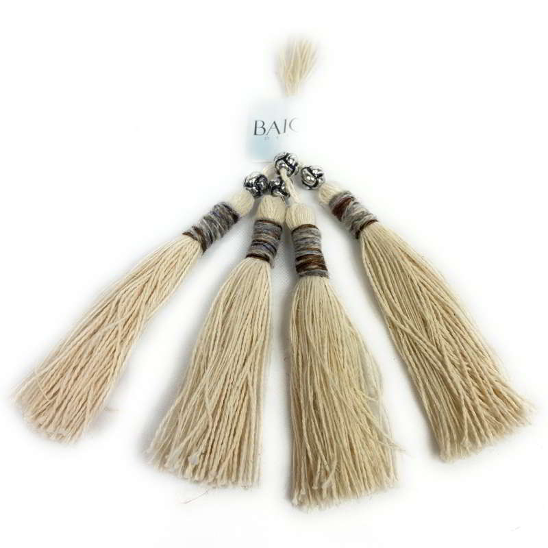 Rugged Scottish Tassels – 31
